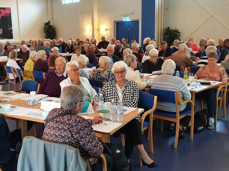 Et udsnit af de mange mødedeltagere, som deltog i Ældre Sagen Bornholms årsmøde 2021.  (Foto: Jens Aagesen).