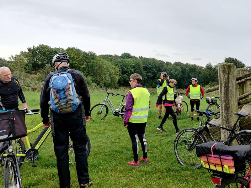 Vel ankommet, og vi kan stige af cyklerne (foto: Kørvel)